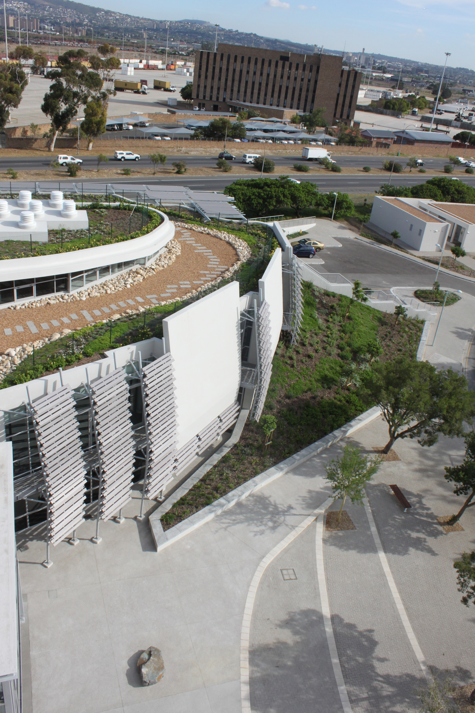 Life Sciences Development by OvP Landscape Architects for the University of the Western Cape ...